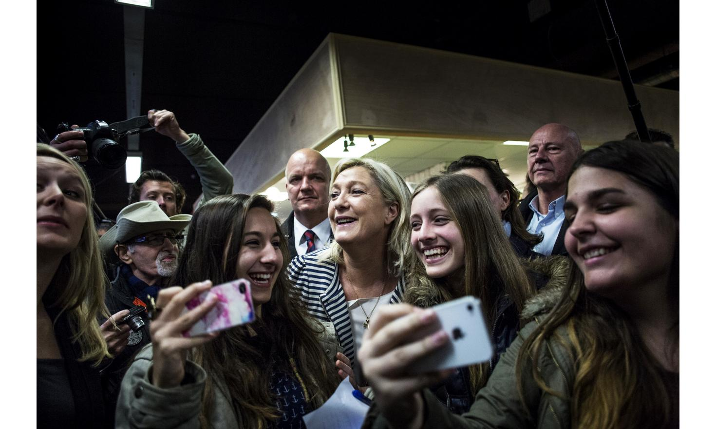 Marine Le Pen. Meeting in Avignon and Pontet. Departmental elections, March 2015.