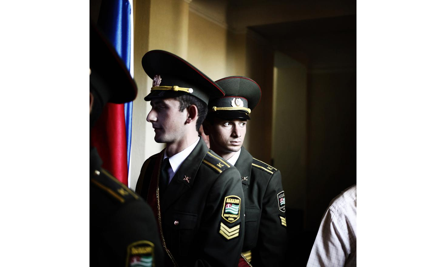 A soldier before the commemoration of the 5th year of the recognition of Abkhazia by Russia