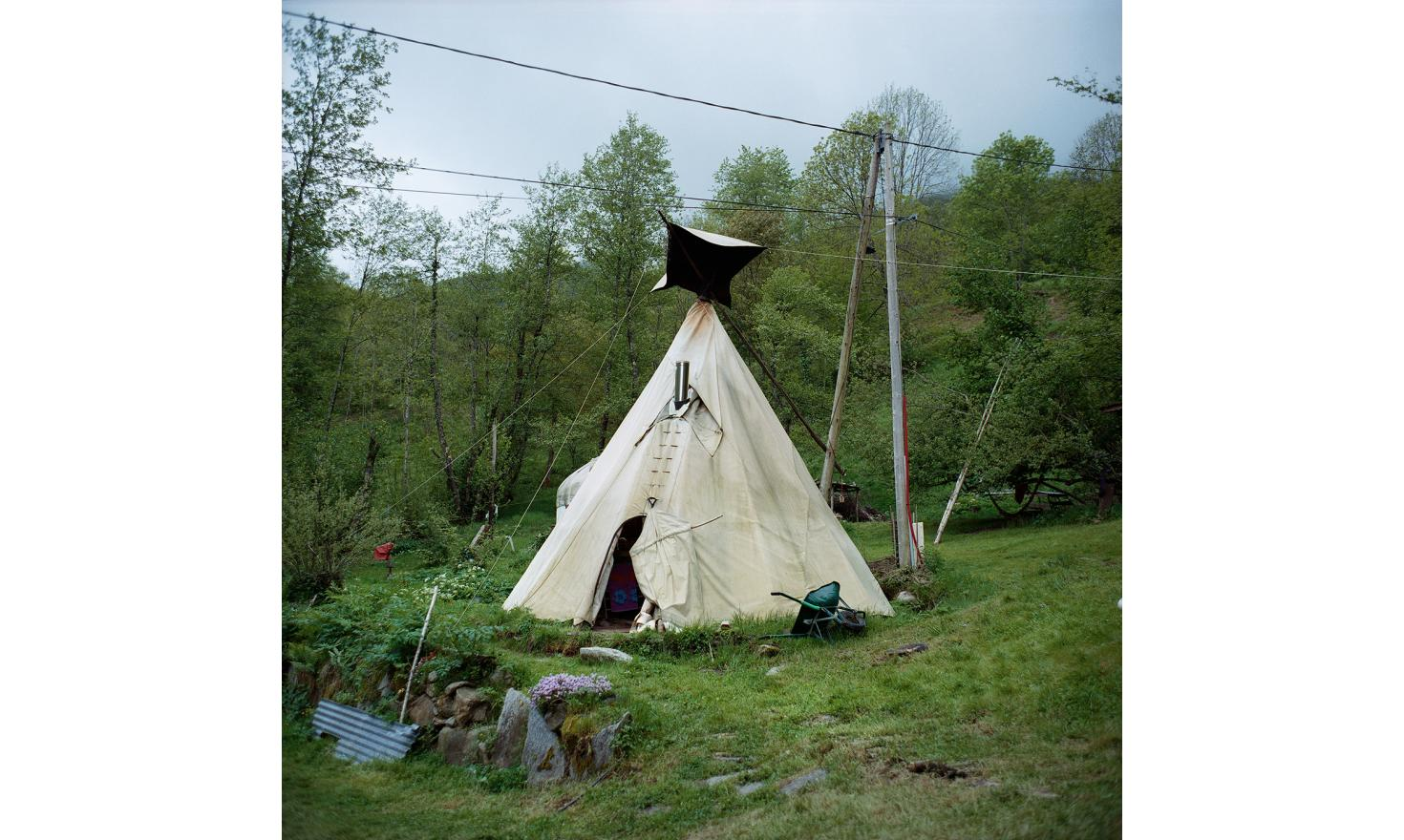 The tepee of Magalie,  Olivier and their two little girls. Bernède's Valley, Ariege.