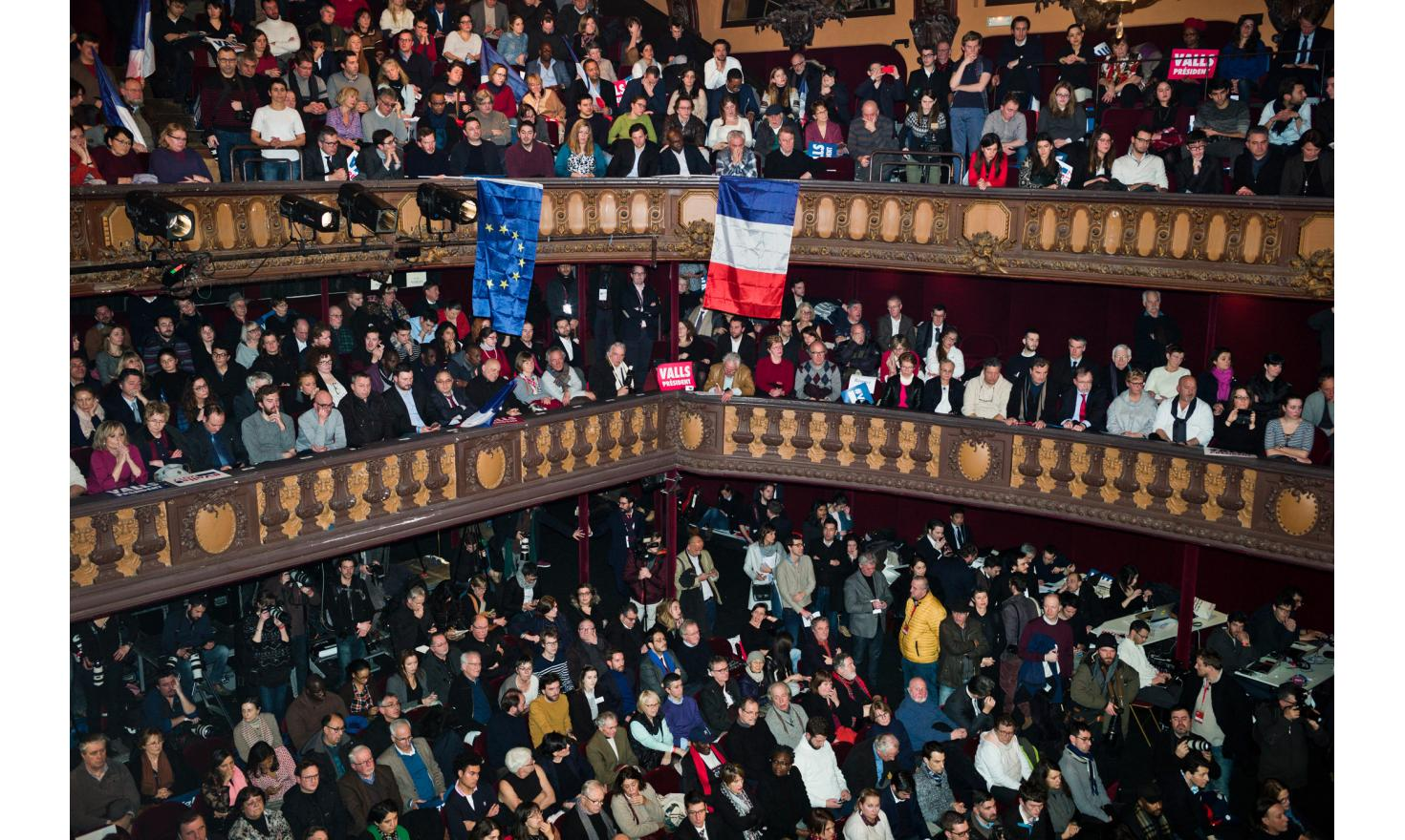 Parisian meeting of Manuel Valls at the Trianon in Paris during the first round of the PS primaries.